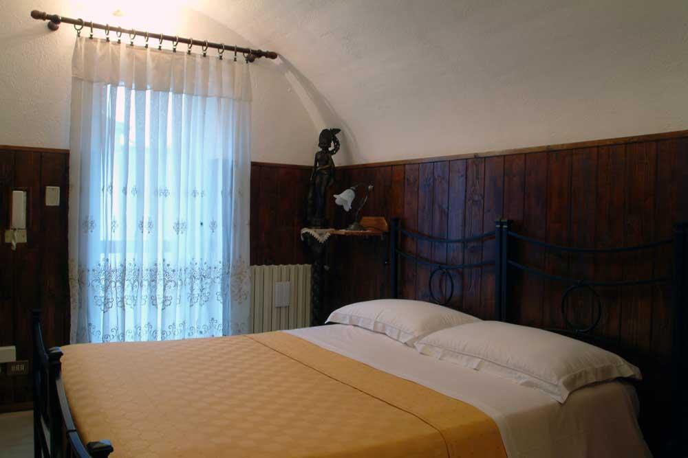 Motel viterbo civita castellana motel civita for Sito camera